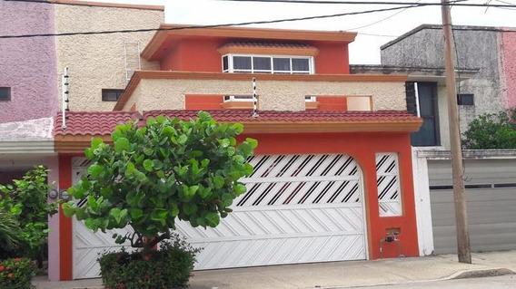 Casa En Venta, Bocanegra, Col. Puerto México.