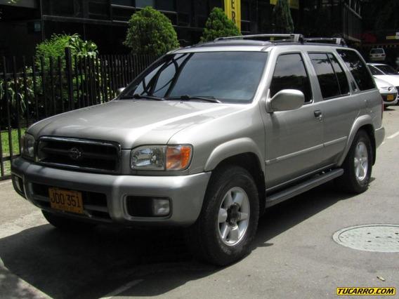 Nissan Pathfinder Le 3500 Cc