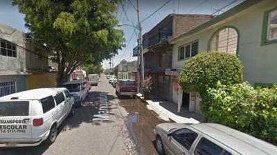Casa, Col. B. Juarez, Neza, Edo. De México, Remate Bancario