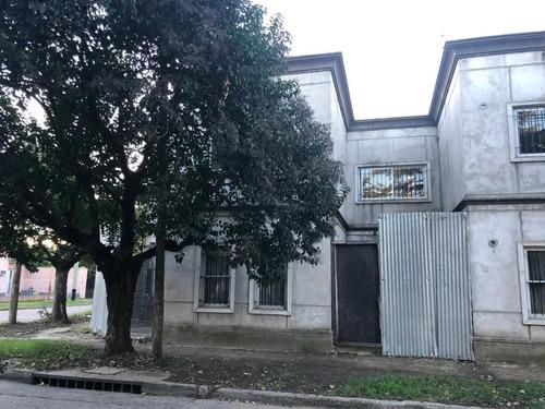 Duplex 5 Ambientes N. Morelli 3500 (ex Santander) Esquina Lezica 1400