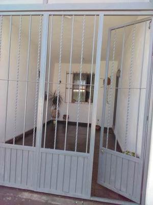 Casa En Venta En Fraccionamiento Industrias, San Luis Potosi