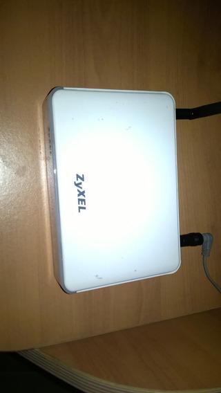 Router Inalambrico Marca Zyxel / Usado