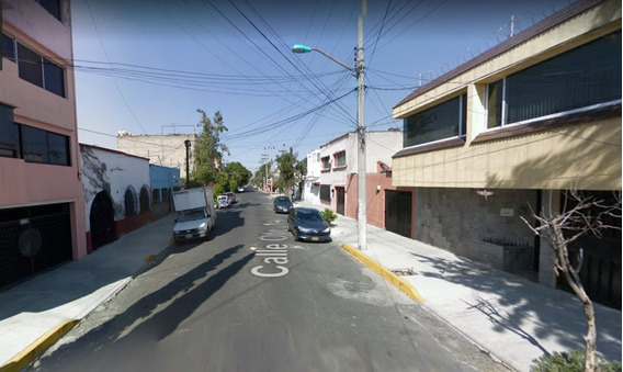 Casa En Remate Colonia Moctezuma