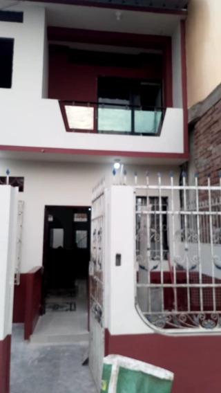 Casa De 3 Cuartos, Sala, Cocina , Comedor Y Baño