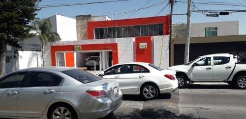 Oficina O Consultorio En Renta En Los Pinos, Zapopan