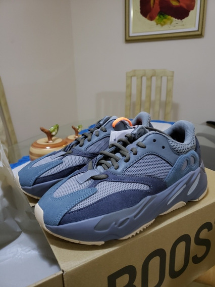 adidas Yeezy 700 Teal Blue 36 Dswt