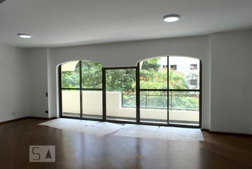 Apartamento À Venda - Moema, 3 Quartos,  140 - S893049373