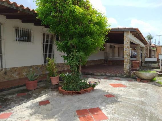 Extraordinaria Quinta Ubicada En Urb. San Fernando 2000