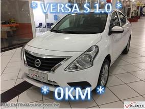 Nissan Versa S 1.0