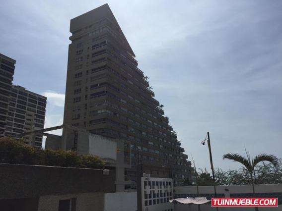 Apartamento En Venta Playa Grande Código 17-4928 Bh