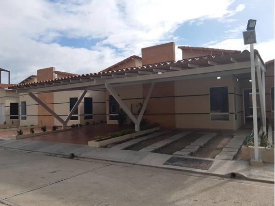 Sky Group Vende Casa Pueblo San Diego Mercado Primario