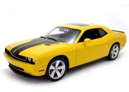 2010 Dodge Challenger Srt8 Amarelo - Escala 1:18 - Highway61