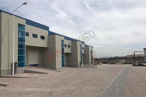 Bodega Nueva En Renta De 692m2 Dentro De Parque Industrial, Muy Cercana A Carretera 57.