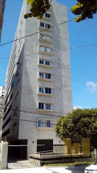 Apartamento Residencial À Venda, Farol, Maceió. - Ap0304