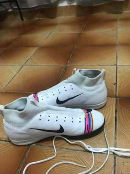 Chuteira Nike Mercurial