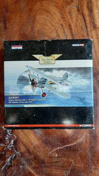 Avião Die Cast 1:72 Gloster Gladiator Aa36207 - Corgi -