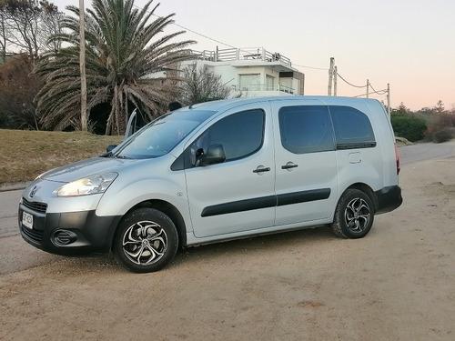 Peugeot Partner 1.6 Vidriada 5 Pasajeros Full Año  2015