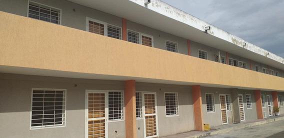 Apartamentos En Venta En Cabudare #20-6153