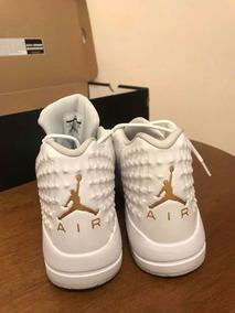 Tênis Jordan Academy White And Gold
