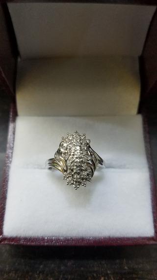 Anillo Oro Blanco De 10k Con Diamantes