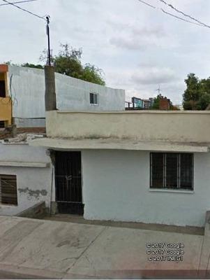 Casa En Venta En Col. Los Pinos Culiacan, Sinaloa