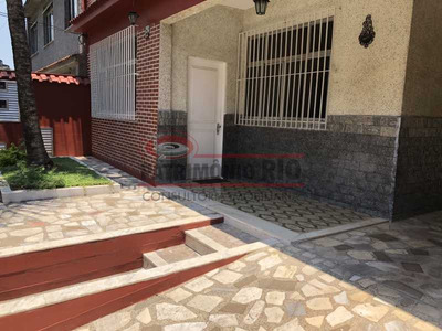 Casa Frente De Rua Vila Kosmos - Paca40144