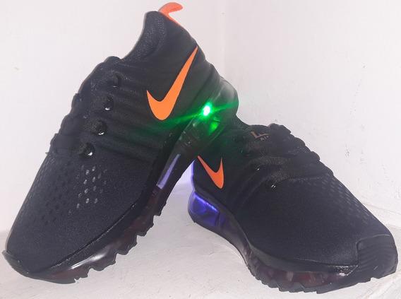 Zapatos Nike Con Luces Talla 28 Para Niño, Nuevos
