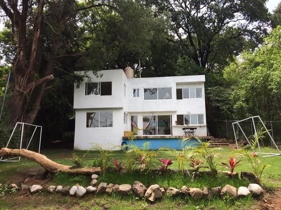 Paraiso: Casa Nueva En Privada, Jardin Grande, Zona Norte