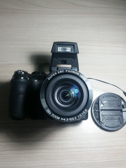 Fujifilm Finepix S3200 14.0 Megapixels