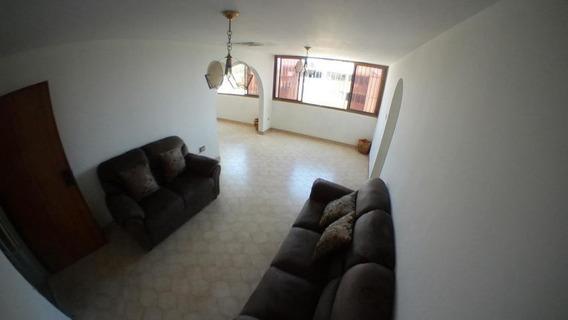 Apartamento En Venta En Centro De Barquisimeto Jrh