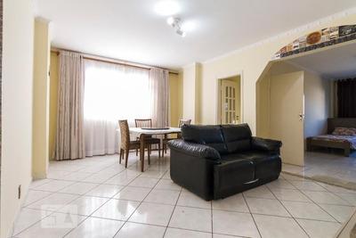 Apartamento No 1º Andar Mobiliado Com 2 Dormitórios E 2 Garagens - Id: 892931328 - 231328