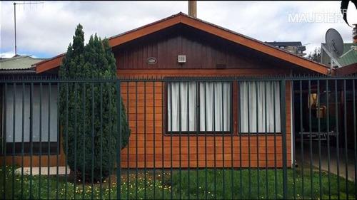 Casa En Venta De 4 Dorm. En Temuco