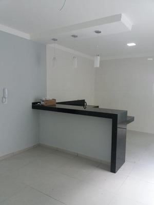 Casa Com 03 Quartos (bairro Antares) - Cs413v