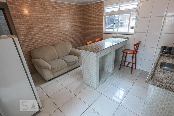Apartamento Térreo Mobiliado Com 1 Dormitório E 1 Garagem - Id: 892946451 - 246451
