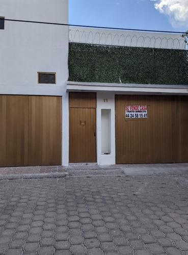 Casa Céntrica En Una De Las Mejores Zonas De Querétaro