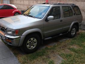 Nissan Pathfinder Le Ee Piel Aa L.a. 4x2 At 1999