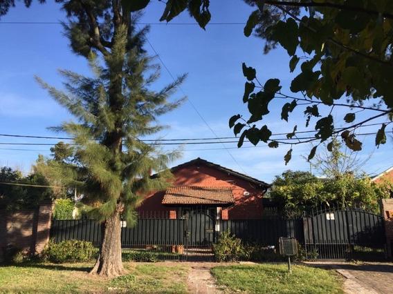 Casa En Alquiler, 1 Planta, Gonnet, Pileta, Parque