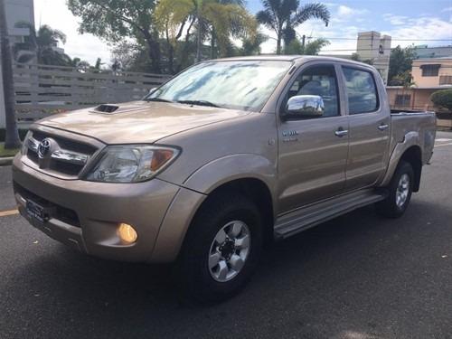 Toyota Hilux Automatic Gasoil 4x4