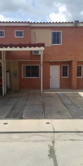 Negociablee Townhouse En Venta En San Diego