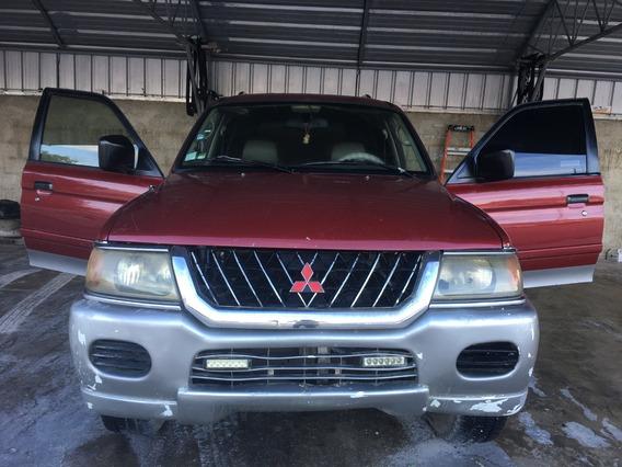 Mitsubishi Montero Sport Roja 2001