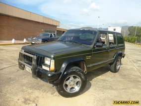 Jeep Cherokee Automatico/ 4*4
