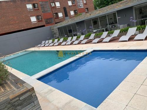 Apartamento En Punta Del Este, Aidy Grill- Ref: 2457