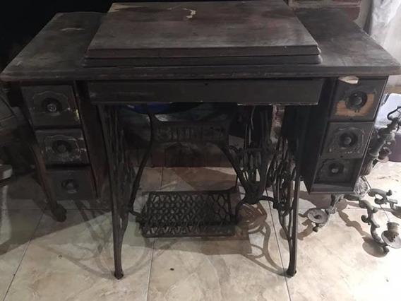 Maquina De Cocer Singer Antigua Con Mueble