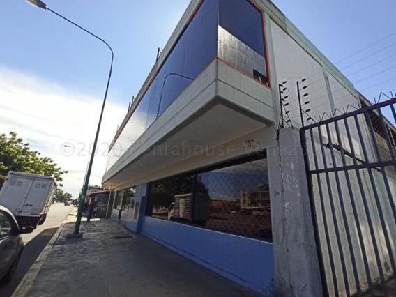 Galpon En Venta Centro Barquisimeto Lara 21-2139