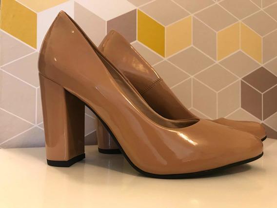 Sapato Scarpin Salto Médio Bico Redondo Nude Celia Milani