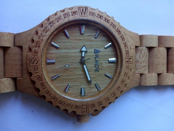 Relógio Avalanche De Madeira 49 Milímetros