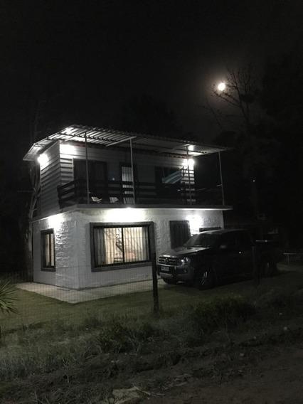 Casa En Balneario Santa Ana, Canelones, Con Vista Al Mar.