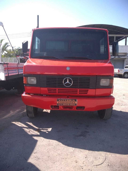 Mercedes Benz 710 Ano 2006 No Chassi