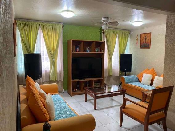 Casa Duplex Con Mejoras Y Ampliación