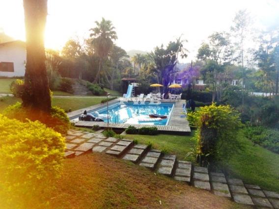 Vendo Bela Propriedade Golf Teresópolis 7 Quartos - 204b0031 - 68312356